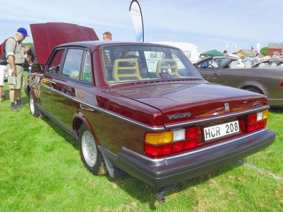 Och en 240 Classic som tilldrog sig mycket uppmärksamhet. Inte konstigt då bilen är i nyskick.