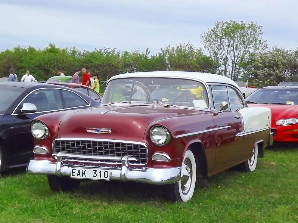 Elegant Chevrolet Bel Air coupé från 1955, denna är dessutom svensksåld.