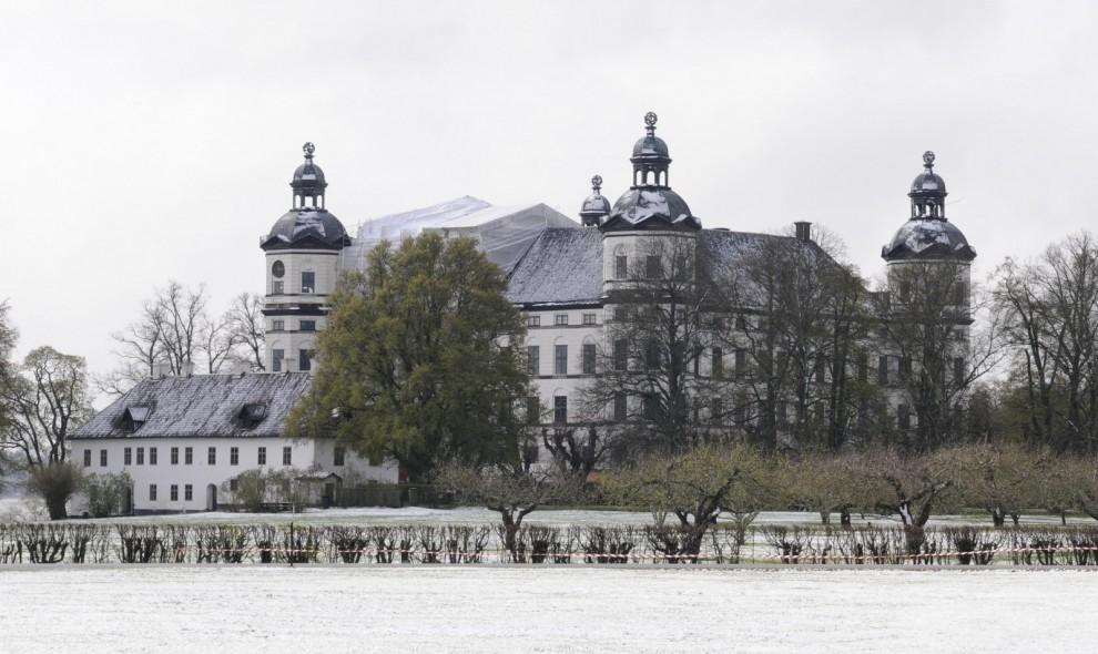 Skokloster Slott med matchande snötäcke mötte det första besökarna.