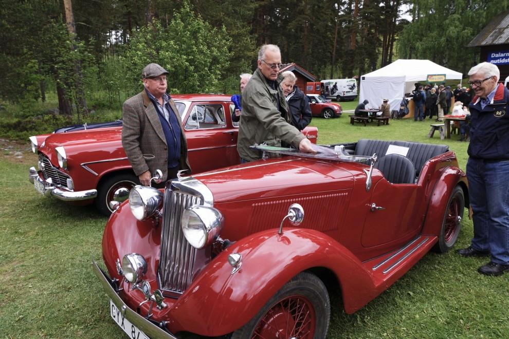 Det var premiär på Good Old England för Tage Johanssons alldeles nyrenoverade Talbot Ten Tourer tillverkad 1936. Det finns bara två i landet av denna förkrigsmodell och den andra hade också kommit till Staberg denna dag med sin ägare Kjell Enström.
