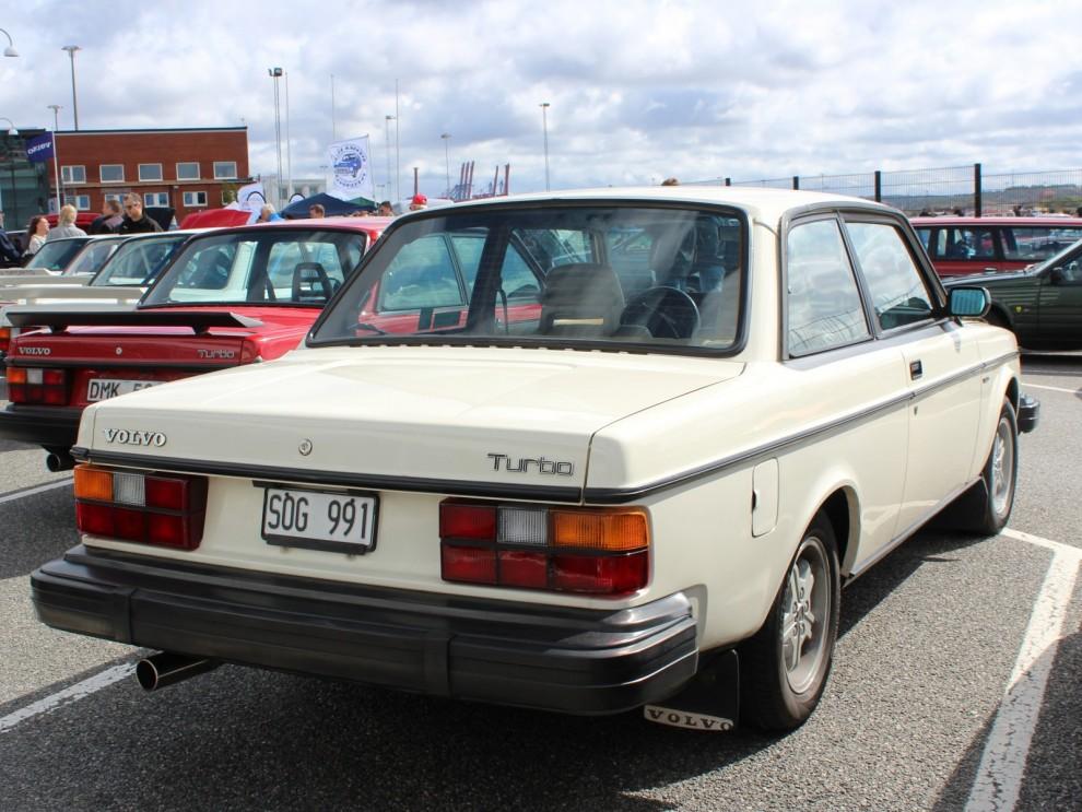 Det blir allt vanligare att leta efter dröm-240:n utomlands, denna Turbo är importerad från USA.