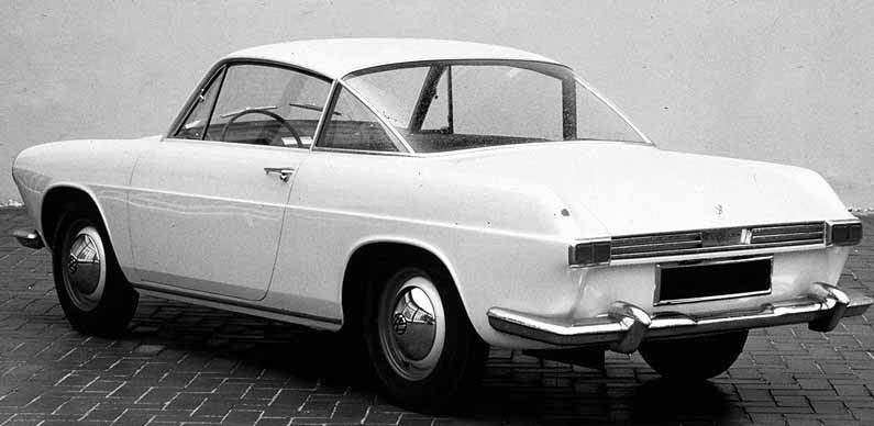 1962 var det tänkt att uppdatera Volkswagens Karmann Ghia. Detta kom inte att göras utan den gamla formen från 1954 fick hänga kvar ända till slutet 1974. Dock kom man att introducera en ny Ghia parallellt, med striktare formgivning, fast den kom ändå i skymundan mot originalet. Den här stilstudien från 1962 kom dock delvis gå igen när Volkswagen Brasilien byggde en egen Karmann Ghia, med tillnamnet TC åren 1970-76.