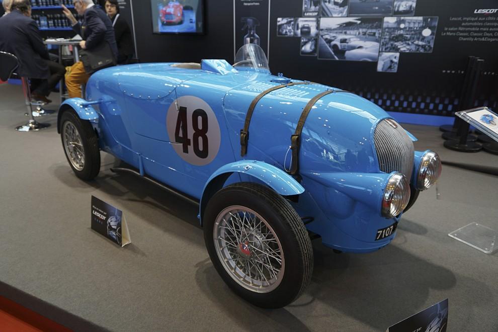 Fortfarande Simca men nu en tävlingsvariant baserad på Fiat 500 som också licensbyggdes av Simca. Den kom att kallas Simca Gordini för det var den första modellen som utvecklades av Amédée Gordini, kallad le sorcier - trollkarlen.