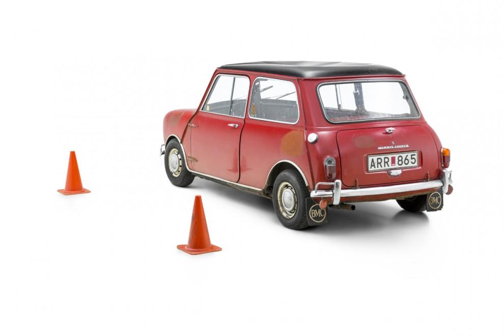 Stefan och Birgitta har lyckats hålla sig från att busa med sin Cooper S i 37 år. Till sommaren blir det kanske ändring på det!