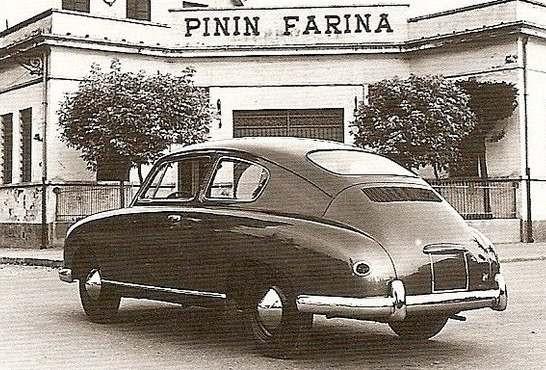 """Svårt att tro, men det är en Volkswagen typ 1, en """"bubbla"""" alltså i Pininfarinas tappning 1952."""