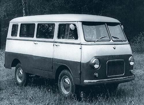Charmig liten minibuss från öst, Moskvitch A9 kallades den och kom inte att bli av, 1957.