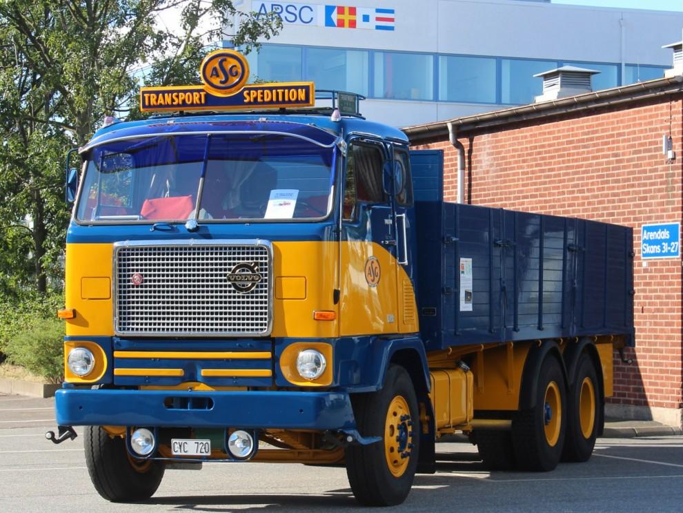 Stora Volvobilar var också välkomna.