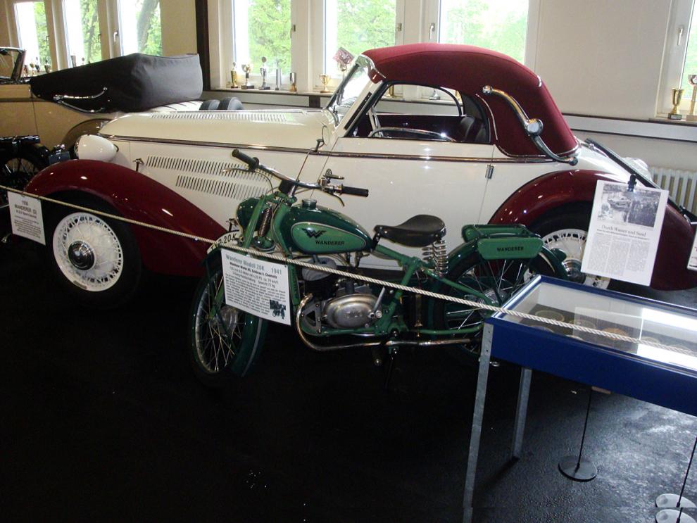 Wanderer med två och fyra hjul på Automuseum Melle
