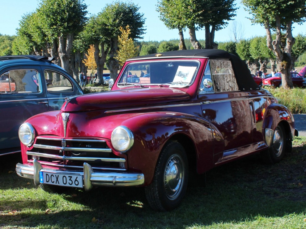 Desto sällsyntare, Peugeot 203 cabriolet.