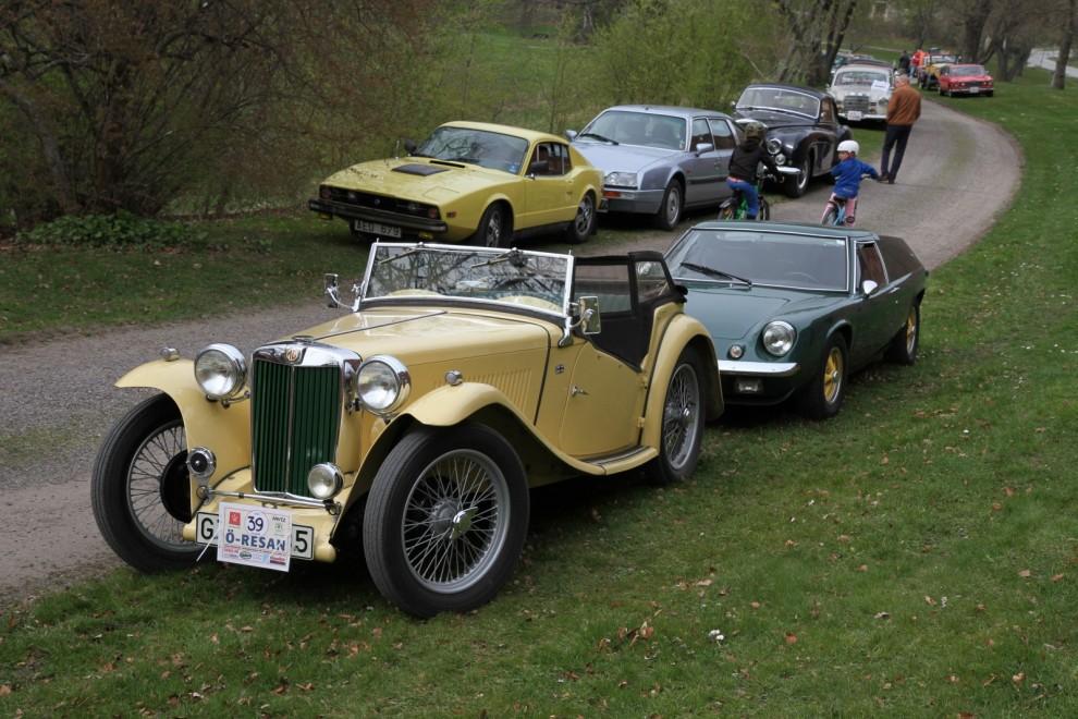 MG och Lotus Europa.