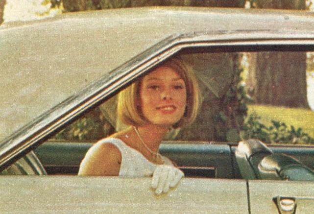Liknande från Dodge 1965, modellen är Coronet 500.