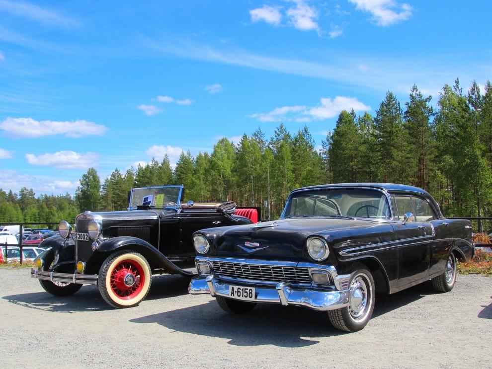 Två generationer Chevrolet 1931 och 1956