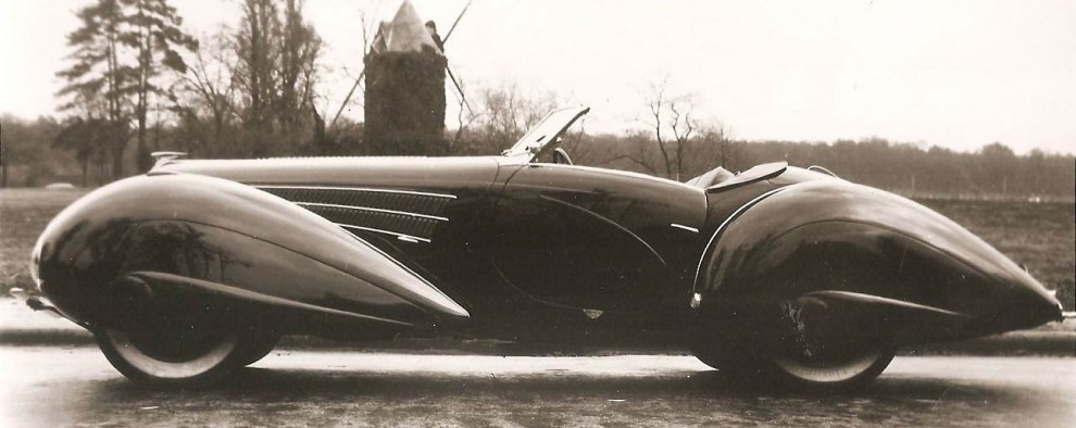 Figoni & Falaschi stod för de mest vågade och svepande karosserna på trettiotalet, ofta på Delehayebilar. Som här en 135M 1936