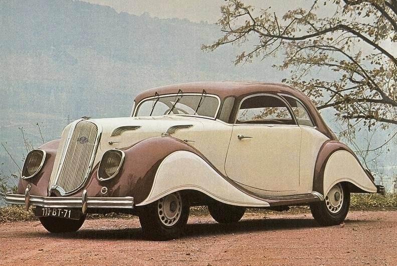 Dynamique kallades den här extravaganta modellen från Panhard, på kulmen av Atr Deco 1938