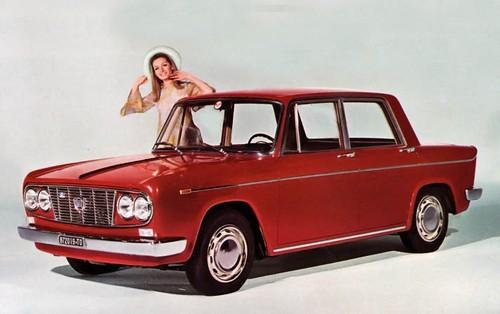 i stort sett oförändrad Berlina 1966 med större motor och uppgraderade bromsar.