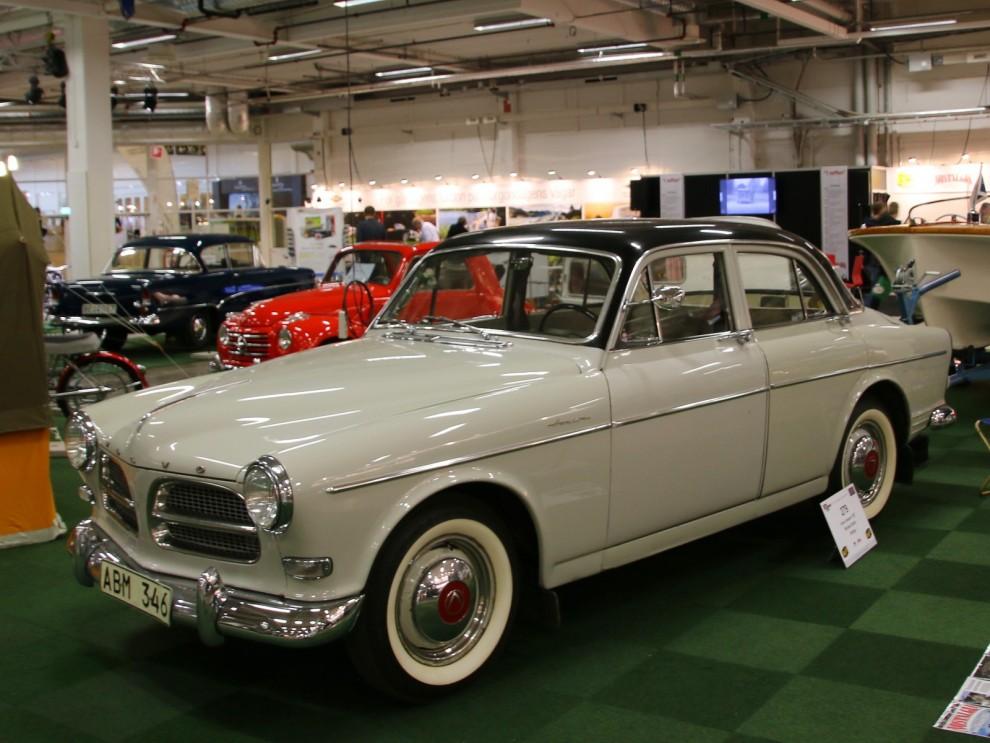 Fler klassiska Volvo fanns lite här och var runtom på mässan, här en Amazon från 1957