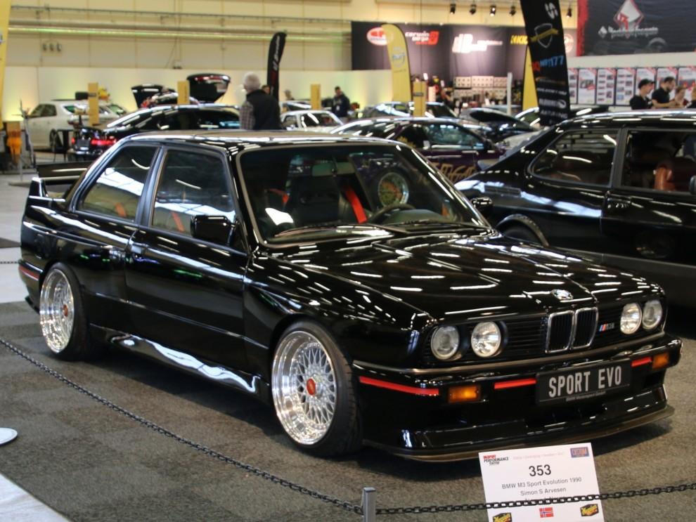 BMW M3 Sport Evolution, en serie om 600 stycken byggdes 1990.