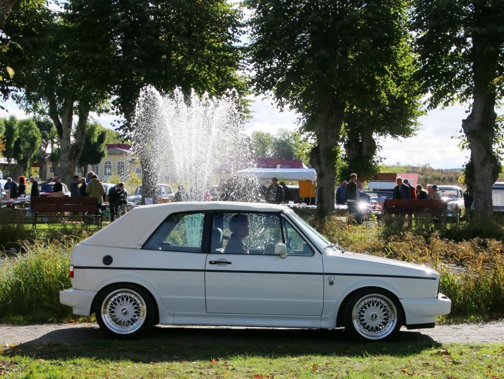 Vitt var innefärgen på åttiotalet och innebilen hette Golf cabriolet.