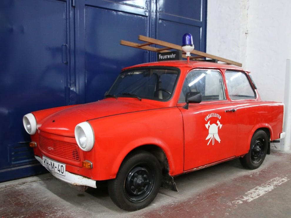 Brandbefälsbil, Trabant 601 med nummerskylt från Halle.