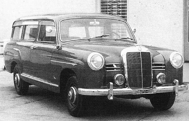 Mercedeskombis gjordes förr oftast av tyska Binz, men här är en 180 från Fissore.