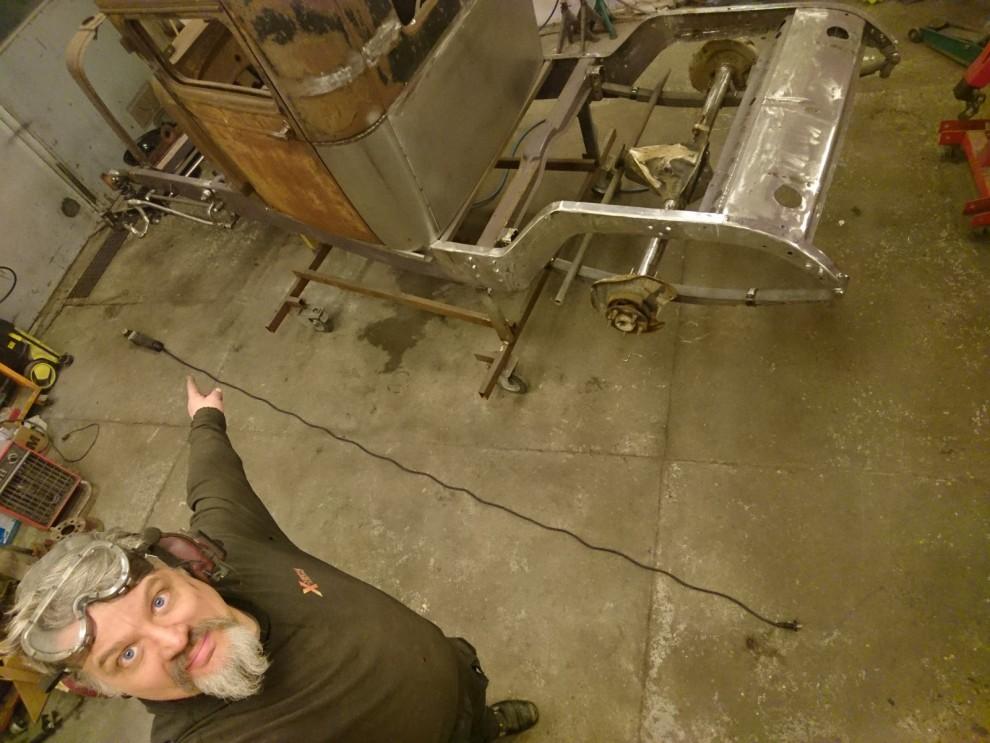 Avskyr korta sladdar på elverktyg för det är värsta skiten att behöva jolla med skarvsladdar bara för en tillverkare är snål. Metabo utrustar sina vinkelslipar med drygt fyra meter sladd. Det är jättebra.