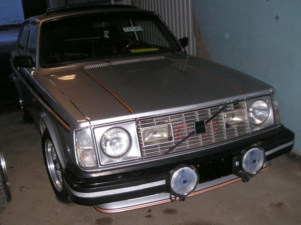 242GT 1980. Hemma ersattes den detta år av 244GLT, men fortsatte säljas i USA, Kanada och Australien fram till 1982.