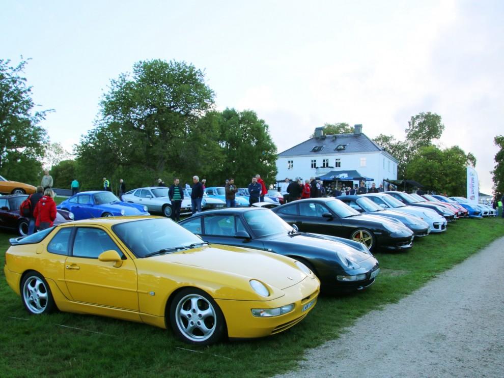 Porsche på rad