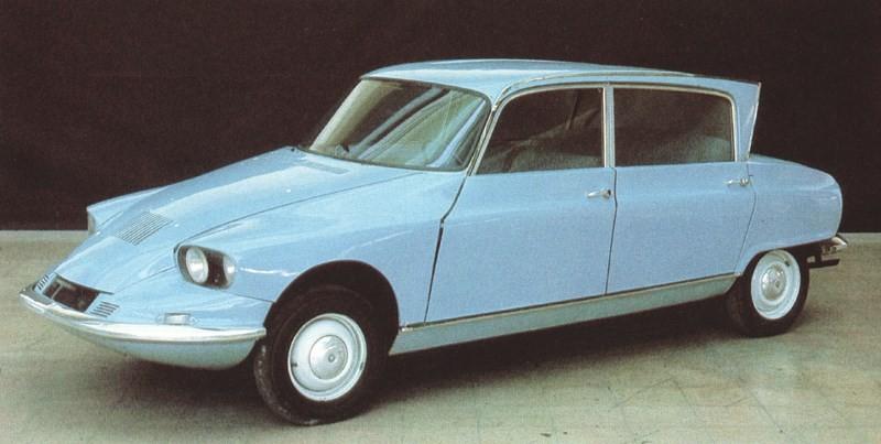 Lite DS Lite AMI, C60 var en modell som skulle fylla gapet mellan spartanska 2CV och lyxiga DS. Ett mellanting där blev dock inte av förrän GS kom ut nåt tiotal år senare. Istället kom AMI 1961 som substitut.