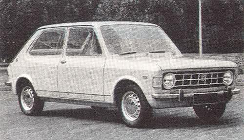 Vad som ser ut som en slags blandning av Fiat 127 och 128 är ungefär vad det är. Jugoslaviska Zastava 101 under utveckling, även kallad Yugo Skala.