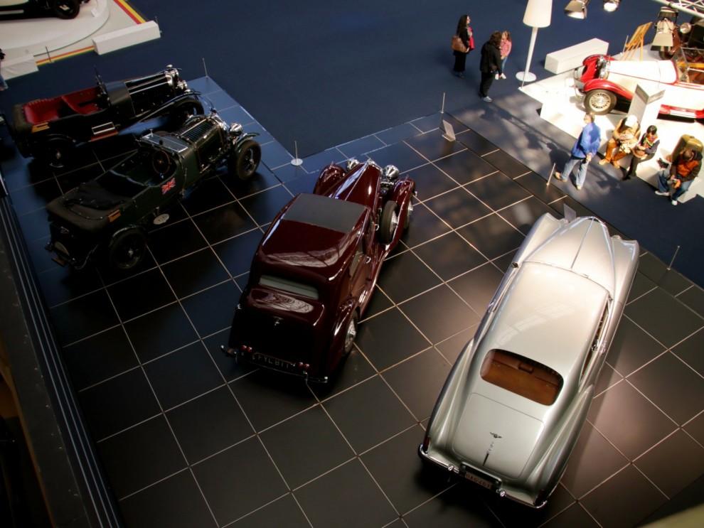 Bentley autoworld
