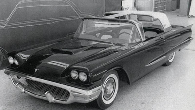 Det är 1957 och kommande års Ford Thunderbird är nästan klar. Sånär som på targataket som vi aldrig fick se.