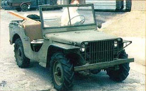 Grönt är oftast synonymt med militära ting. Ford Pygmy var en av de prototyper som provades ut till att bli Jeepen.