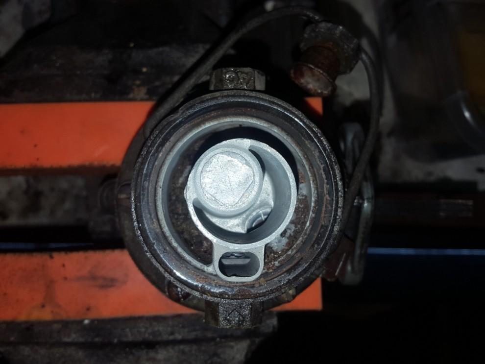 Det är uppenbart att det var hög tid för en genomgång, så här ser det ut i bensinpumpen.