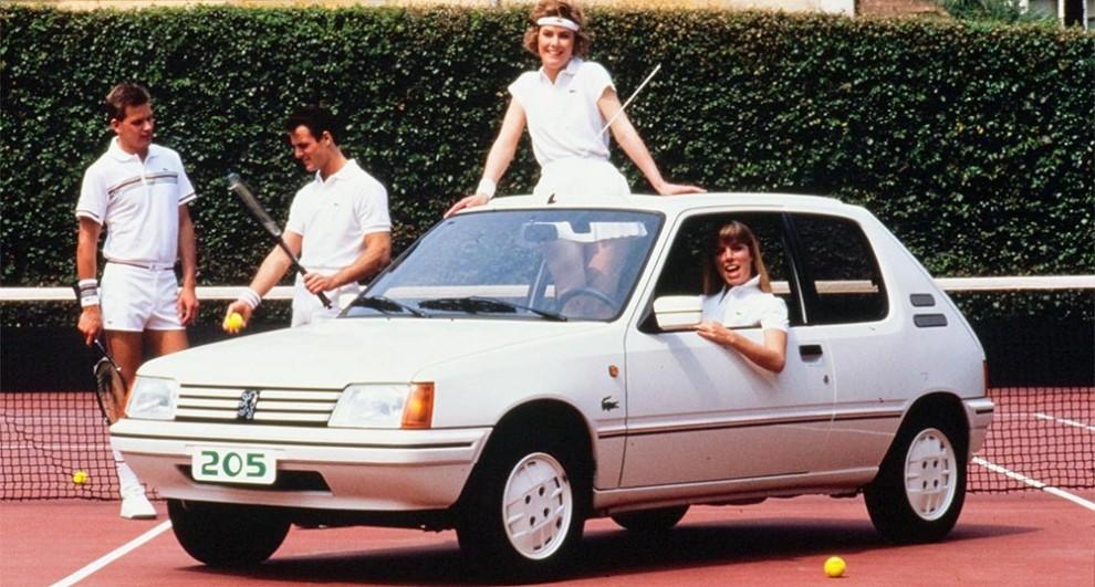 På åttiotalet var Lacoste trenden för tennisfolket - och så fanns det en Peugeot 205 Lacoste för den som ville vara riktigt inne i gemet.