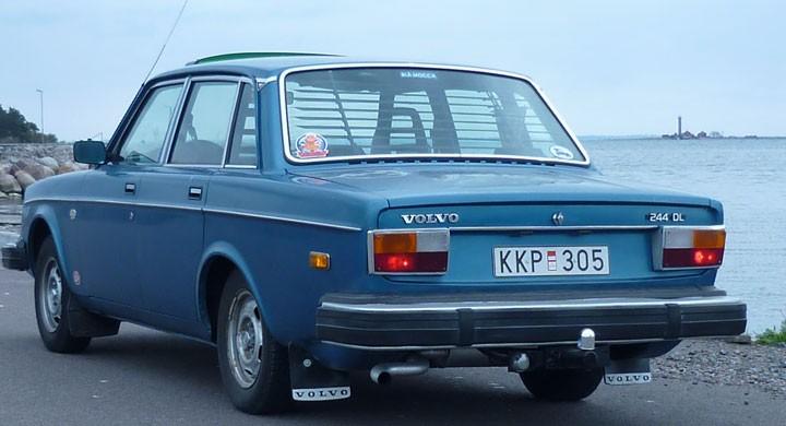 Volvo 244 DL: Kaffekoppen