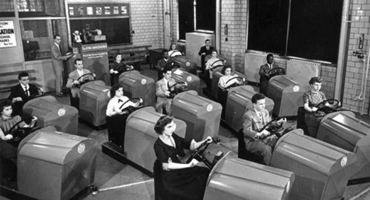 I bilskolan 1953