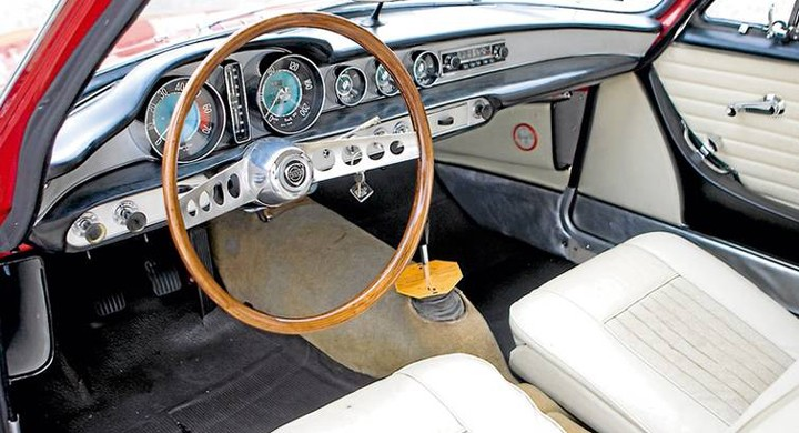 Unik Volvo P1800 stulen!
