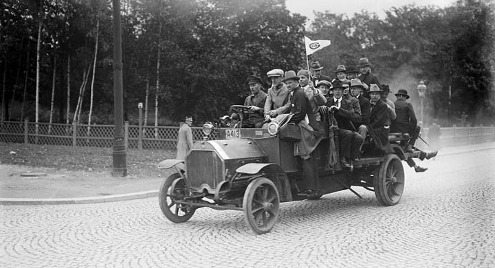 Supporterbuss 1913