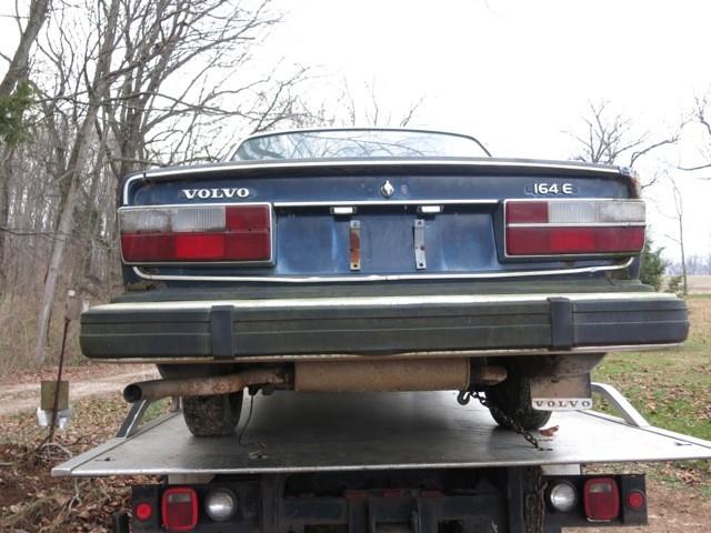 En Volvo 164 till skroten