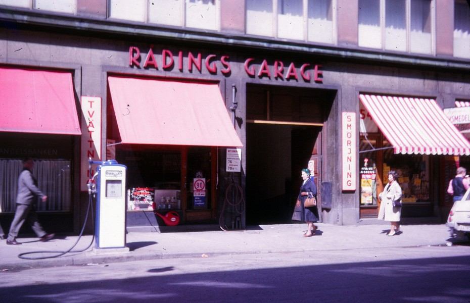 Esso: Rådings Garage