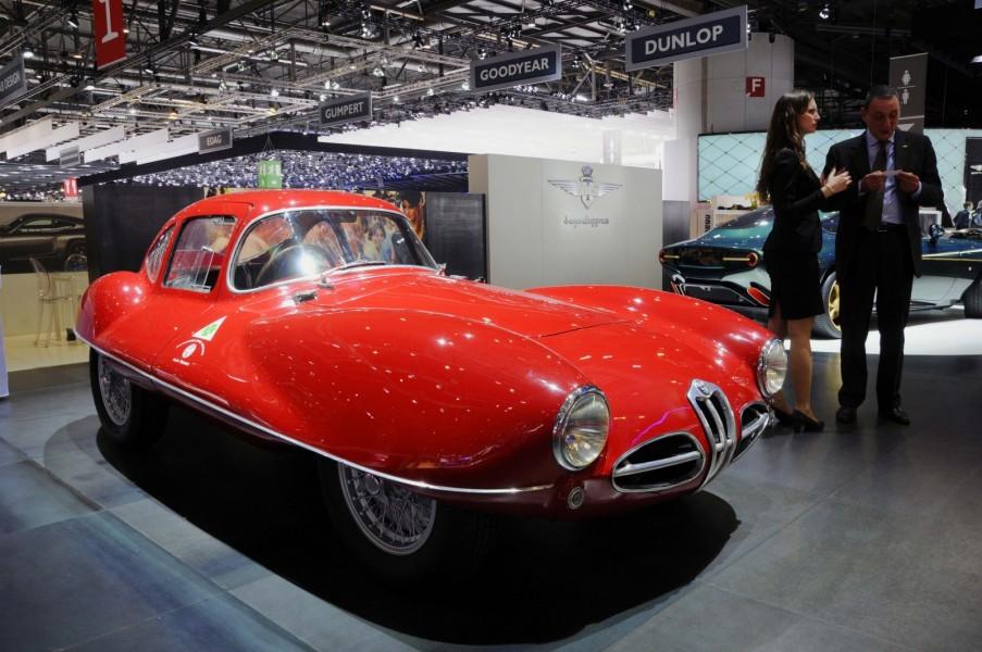 Karosserimakaren Carrozzeria Touring Superleggera har en lång och anrik historia. Bästa sättet att göra reklam för deras moderna Alfa Romeo Disco Volante är förstås med den ursrprungliga Disco Volante C52.