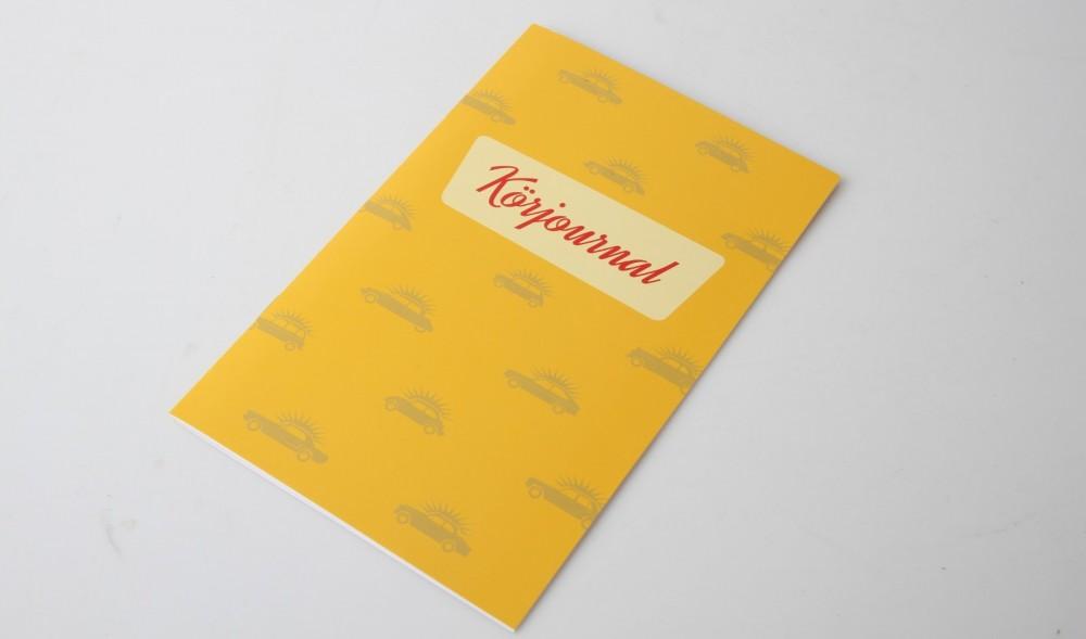 På köpet får du en 16-sidig körjournal. Specialanpassad för klassikerägaren!
