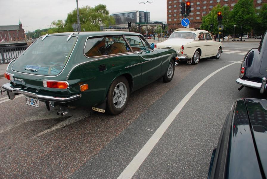 Ett av Motorhistoriska Riksförbundets mål med Motorhistoriska Dagen är att klassiska bilar ska synas den här dagen och visst var Stockholmstrafiken betydligt trevligare den sjätte juni.