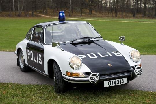 Åtråvärd polisbilstur