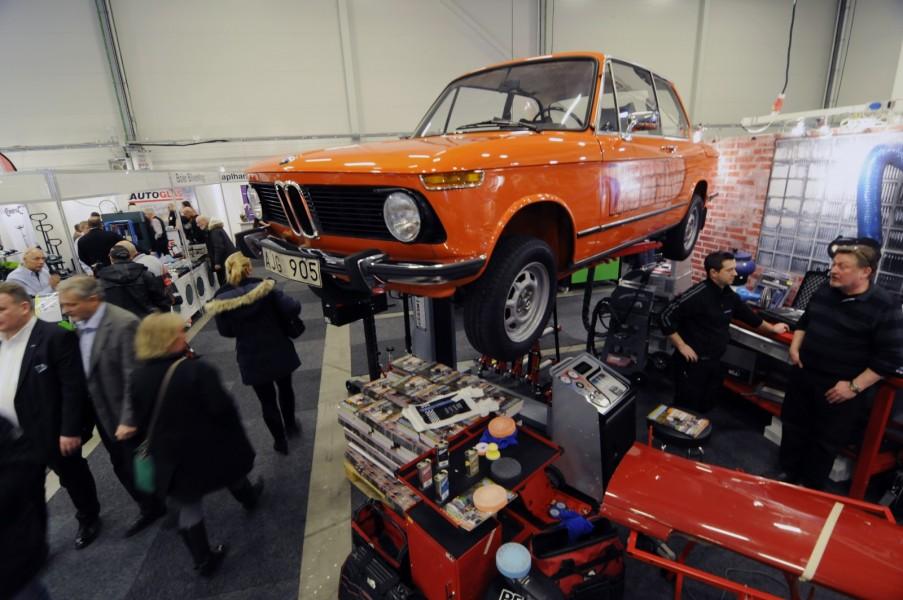 Häng med Klassikers BMW 1502!