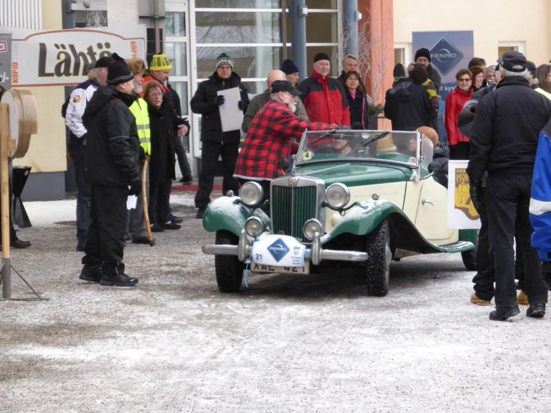 Leo och Britta Tatti under årets rally i Jyväskylä.