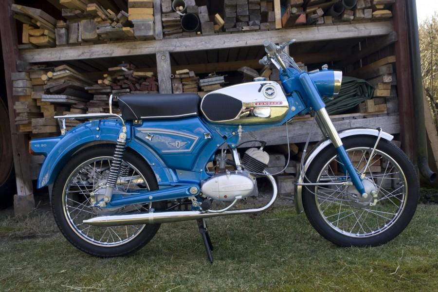 Premiär för Mopeds nya hemsida!