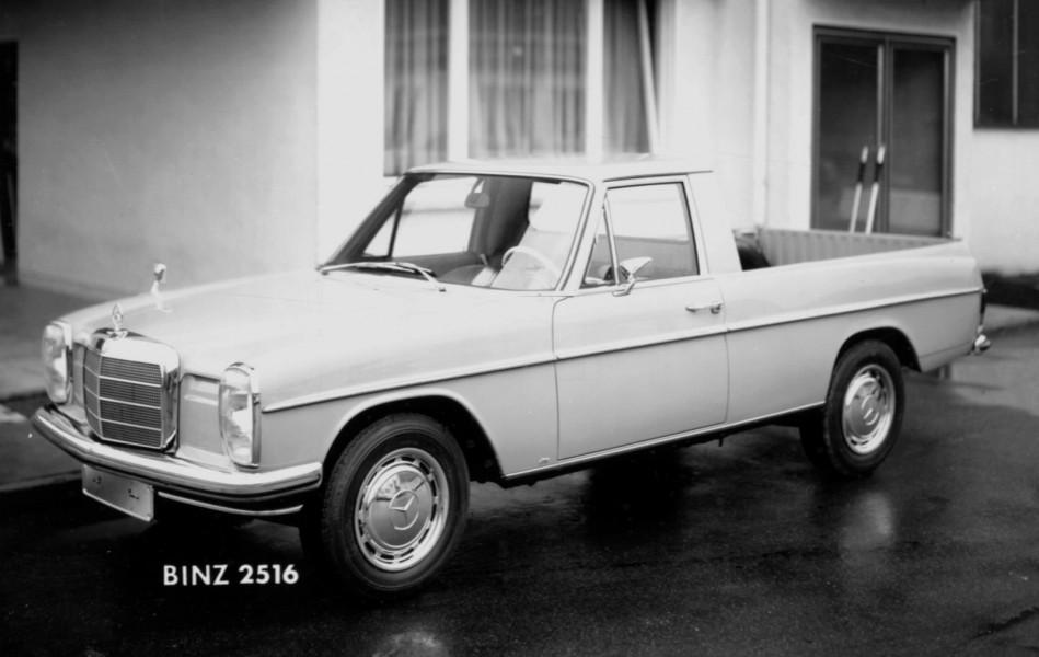 Mercedes-Benz 220D som byggts om till pickup av karosserifirman Binz.