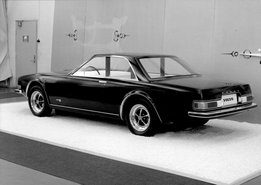 För första gången hade Volvo en fullskalemodell som var genomsiktlig. Plexi användes i rutorna, men det fanns inte någon inredning i bilen.
