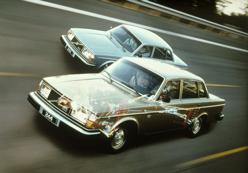 Nya GLE var lyxigast av alla 240-modeller 1979. Men redan efter en årsmodell försvann modelbeteckningen.